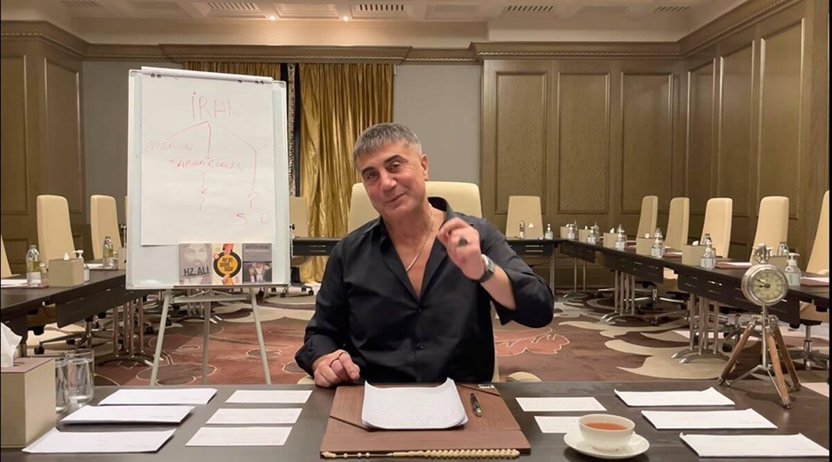 من أحد فيديوهات زعيم المافيا التركي سادات بيكير